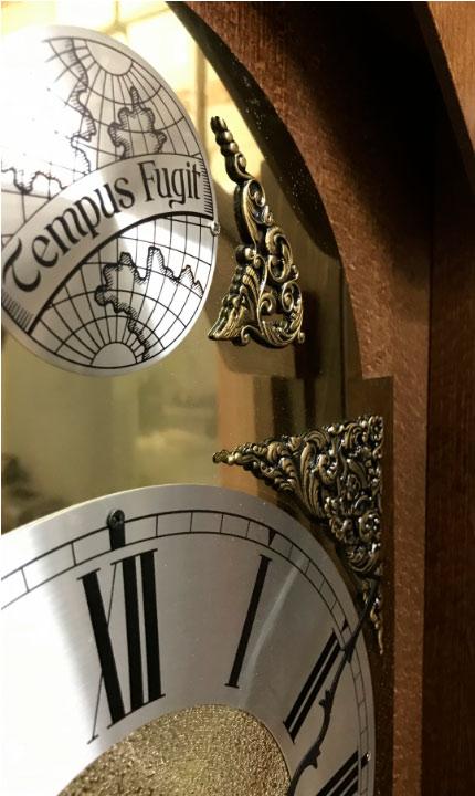 Напольные механические часы часы Hermle 0451-30-179