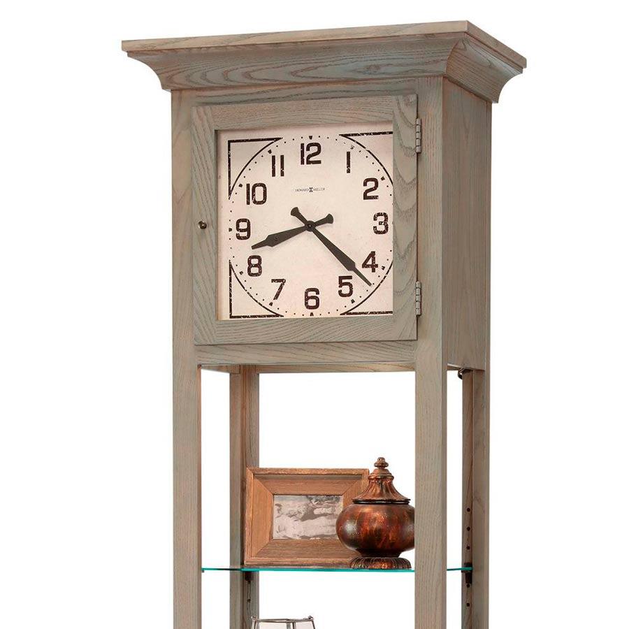 часы-витрина Howard Miller 611-296